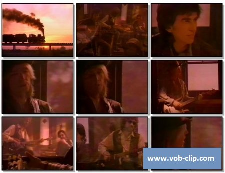 Traveling Wilburys - End Of The Line (1989) (VOB)